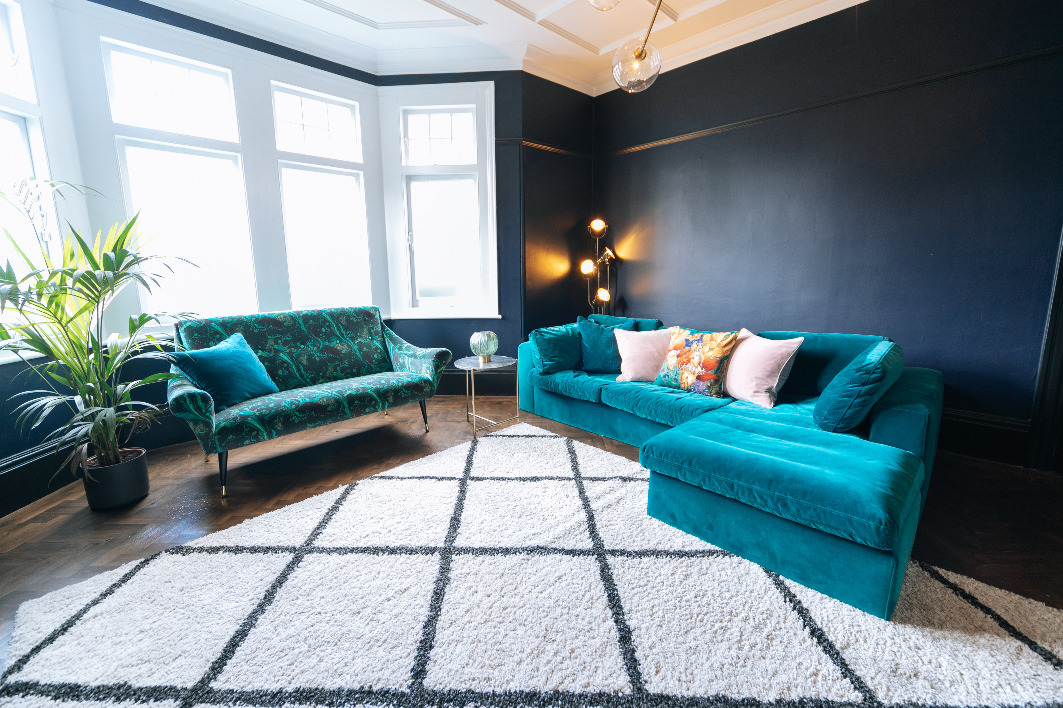 Large Living Room 5-1